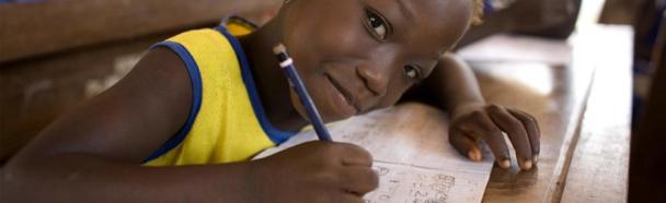 Blogreihe Bewusst helfen #2 – Entwicklungstheorien und unser Beitrag